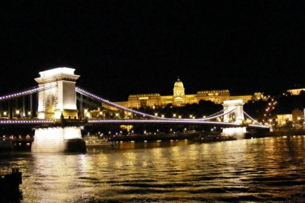 Budapest by Night Sightseeing Tour