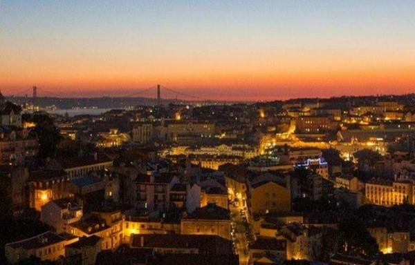 Lisbon Sunset, Fado & Tapas Tour