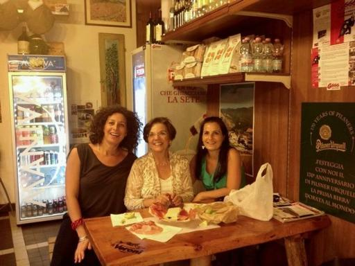 2-Hour Florence Markets & Delis Food Tour