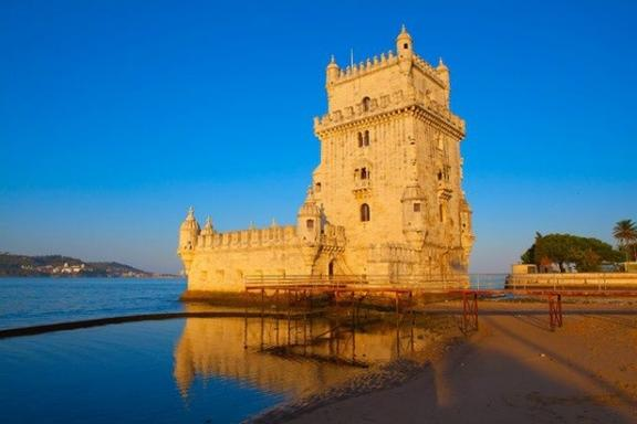 6-Day Religious Portugal Tour with Fatima, Obidos, Alcobaca & Batalha