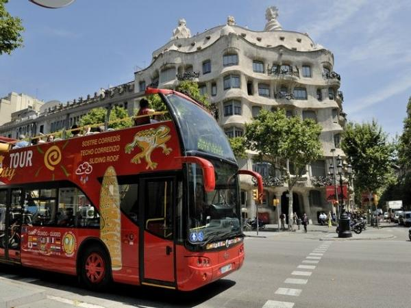 Hop-On, Hop-Off Barcelona City Tour