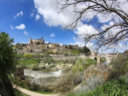 5-Day Andalucia and Toledo Tour Package from Barcelona