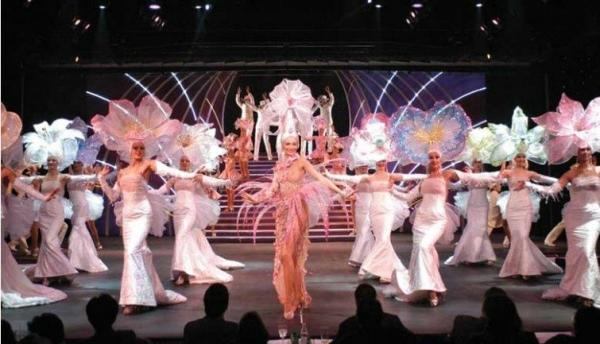 Paris Dinner Cruise + Cabaret at The Lido