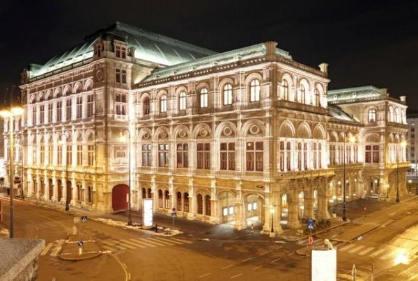 7-Day Central and Eastern Europe Tour from Vienna