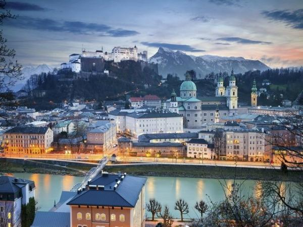 11-Day Central and Eastern Europe Tour w/ Airport Shuttle Service