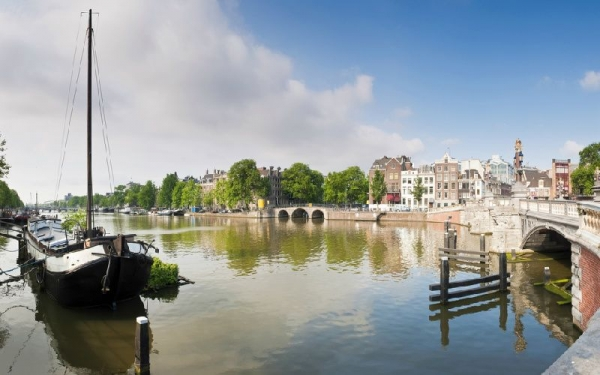 5-Day Frankfurt to Paris Tour: Cologne - Amsterdam - Brussels