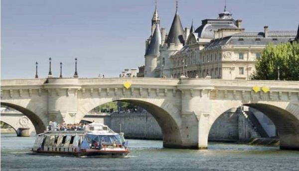 Paris City Tour, Seine River Cruise and Lunch at 58 Tour Eiffel