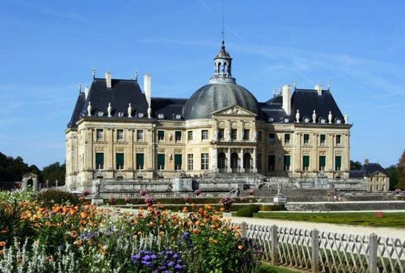 Fontainebleau + Vaux le Vicomte Day Trip from Paris