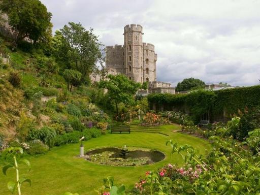 Windsor Castle + Buckingham Palace Tour