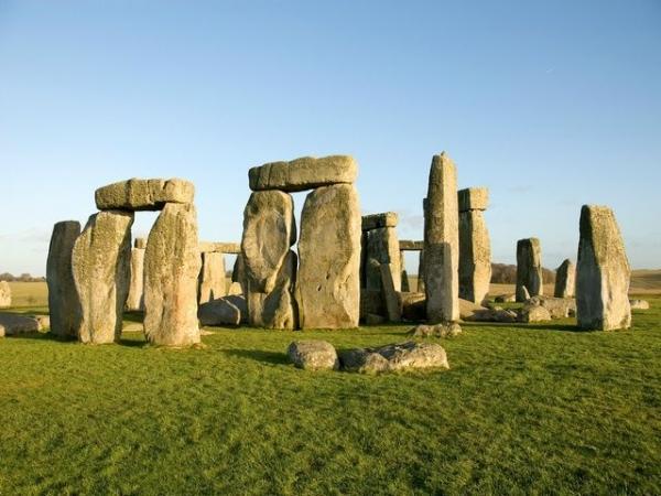 Stonehenge and Bath Day Trip from London w/ Roman Baths