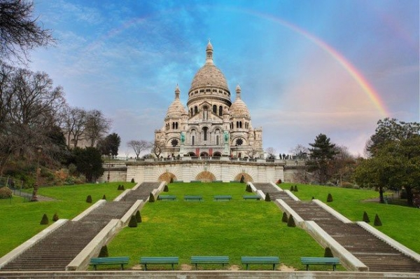 eiffel tower tour:Paris Highlights: Montmartre + Eiffel Tower + River Cruise