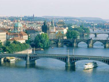 7-Day Escorted Tour from Prague to Vienna