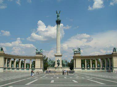 7-Day Escorted Tour from Vienna to Budapest