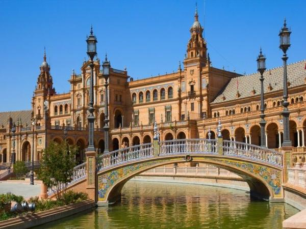 7-Day Andalucia and Toledo Tour w/ Private Airport Transfers