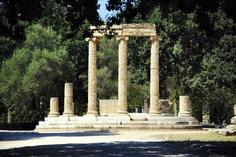 hawaii private tour:Sunday Excursion to Olympia: Ancient Ruins + Shopping