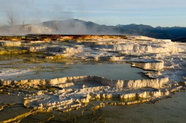 7-Day Tour Yellowstone National Park, Arches, Grand Teton & Mt Rushmore Tour