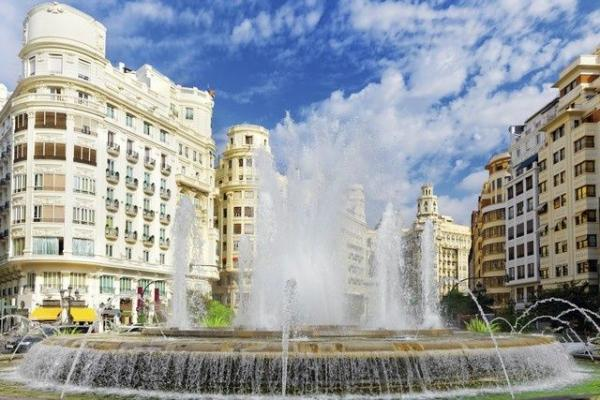 10-Day Andalucia, Valencia and Barcelona Tour w/ Private Airport Transfers