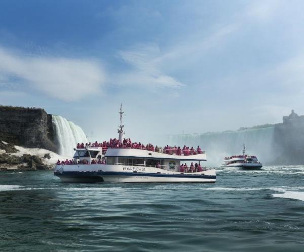 Niagara Falls Boat Tour: Voyage to the Falls