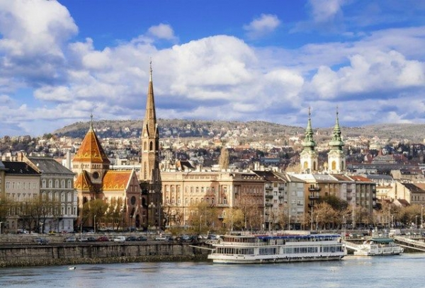europe game show trips:7-Day Central and Eastern Europe Tour