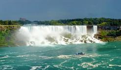 maid of the mist niagara parkway niagara falls ontario kanada:8-Day Chicago to East Coast Tour: Philadelphia - New York City - Niagara Falls