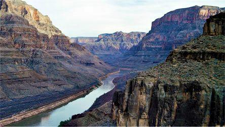 Las Vegas - Grand Canyon Sunset Helicopter Tour