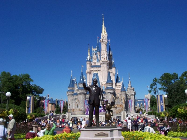 trip europe package:3-Day, 3 Disney Parks Tour Package From Miami