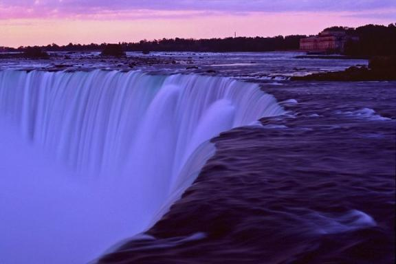 2-Day Niagara Falls and Thousand Islands Tour