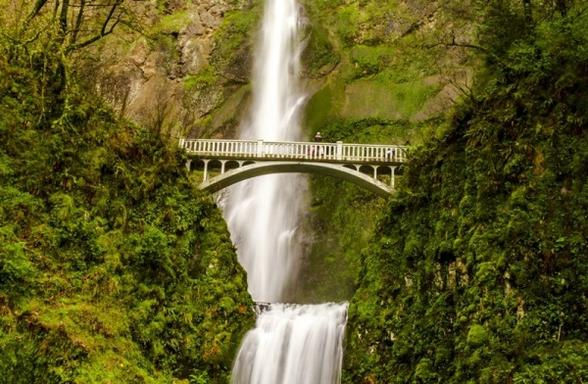 2-Day Seattle to Portland Tour: Columbia River Gorge - Multnomah Falls