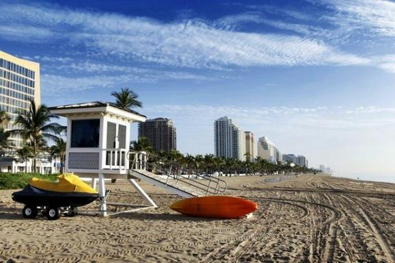13-Day Miami Sunshine Tour: Everglades, Miami, Key West + 7 Theme Parks