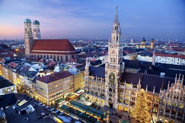 Christmastime Frankfurt To Budapest