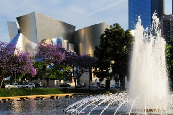 bus tours from los angeles:Los Angeles Beginnings