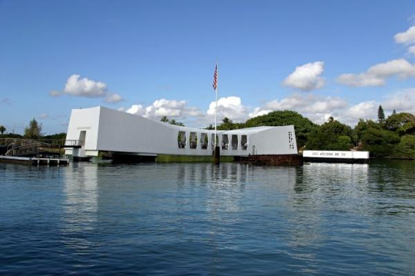 1-Day Pearl Harbor Museums and Downtown Honolulu