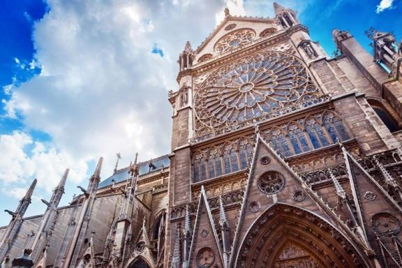 3.5-Hour Sainte-Chapelle and Notre Dame Towers Tour