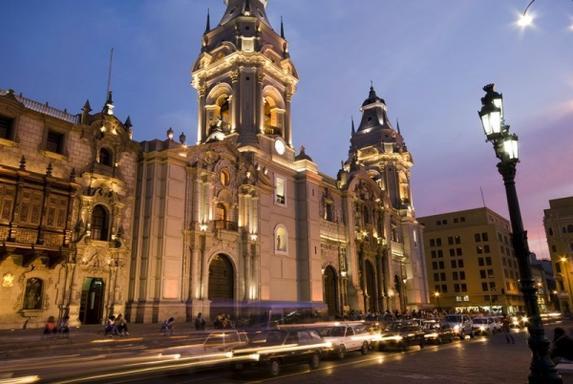 15-Day Peru to Bolivia Adventure: Inca Trail - Lake Titicaca - La Paz