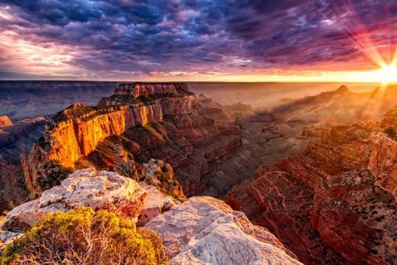 4-Day Grand Canyon South Bus Tour from LA: Las Vegas & Hoover Dam