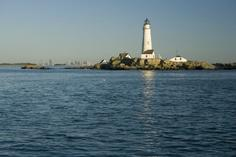 boston fall foliage day tours:Boston Harbor Sunset Cruise