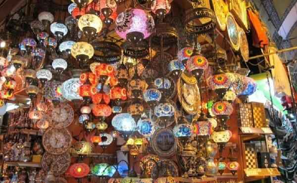 4-Hour Istanbul Walking and Exploring Tour