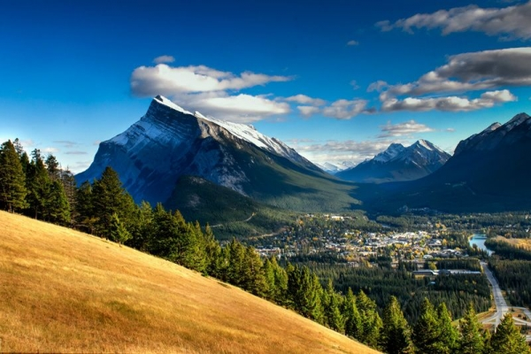 9-Day Tour of Vancouver, Mt. Robson, Lake Louise, Victoria, Chema