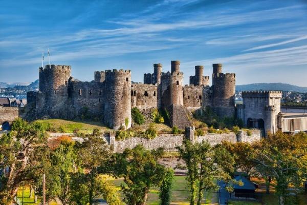 4-Day Wales, Shakespeare's England + Cambridge Tour