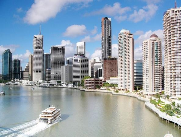 Gold Coast to Holt Street Wharf Morning Transfer**Departs at 7:30am**