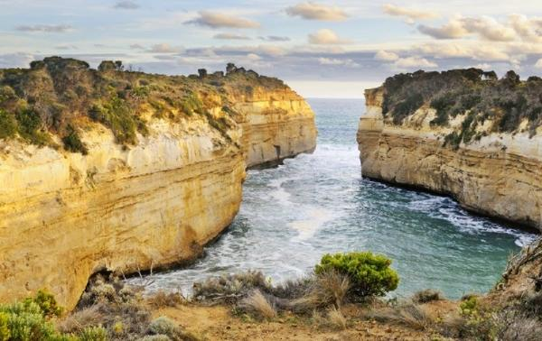 Great Ocean Road Tour: Cape Otway Lighthouse - Loch Ard Gorge - Twelve Apostles