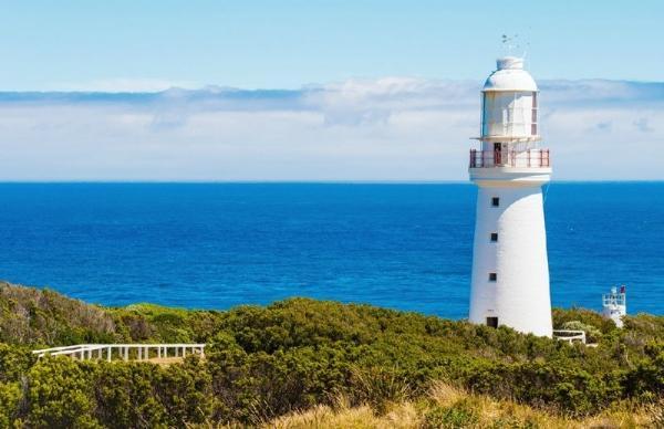 Great Ocean Road Tour: Cape Otway Lighthouse - Loch Ard Gorge - Twelve Apostles