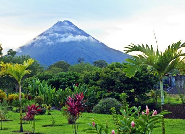 23-Day Guatemala, Honduras, Nicaragua and Costa Rica Adventure