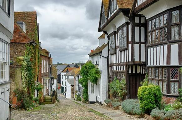 3-Day Kent Castles, Gardens and Coastline Tour