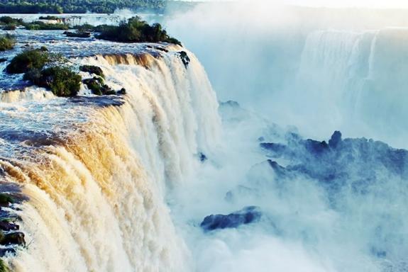Iguazu Falls Experience From Puerto Iguazu: Brazil Side