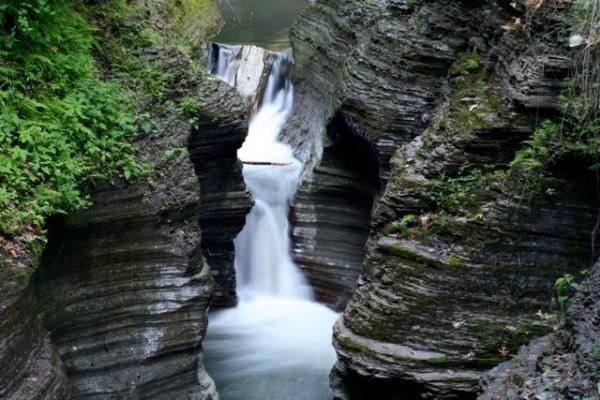 2-Day Niagara Falls Tour From New York