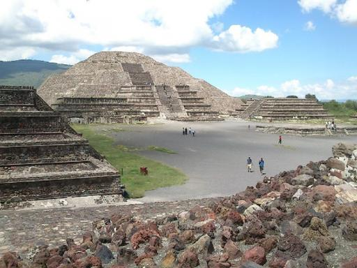 Teotihuacan and Guadalupe Shrine Day Trip From Mexico City