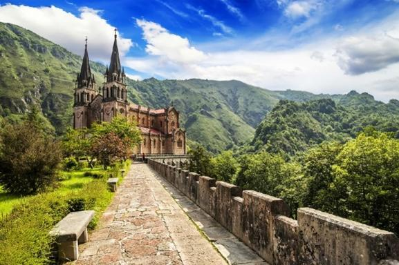 5-Day Basque Country + Asturias Tour Package