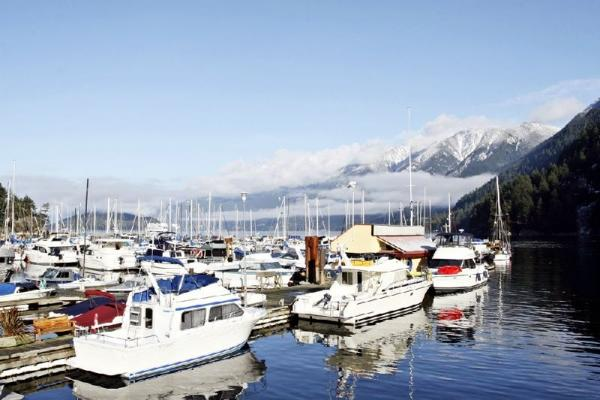Fly 'n' Dine to Bowen Island Tour