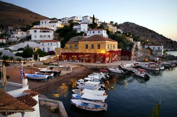 3 Island Cruise from Athens: Hydra - Poros - Aegina**w/ Optional Excursion to Temple of Aphaia**